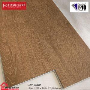 Sàn nhựa hèm khóa 7ly dp7002